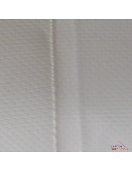 Coutures soudées sur la gouttière en PVC 580gr/m²