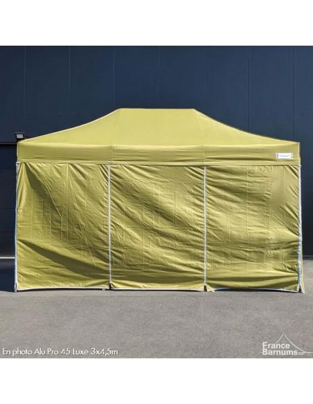 stand pliant vert doré avec murs