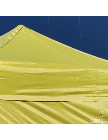 Barnum pliant avec bâche Polyester vert doré au soleil